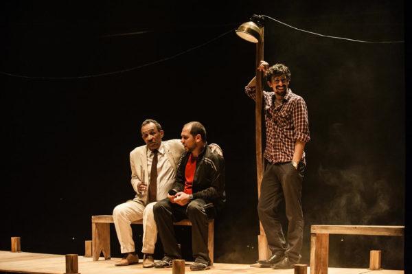 Cia Plágio de Teatro  –                       Noctiluzes
